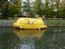 Minions boat??