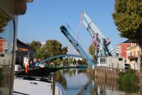 One of 3 lifting bridges Montceau